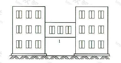 图5 有围护结构的架空走廊